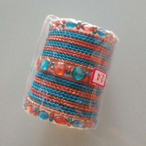 💝 2/$20💝 Indian bangles - children